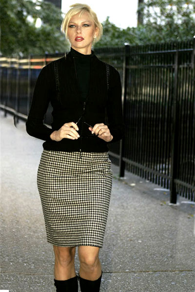 Bluesuits Black and white houndstooth wool  pencil skirt