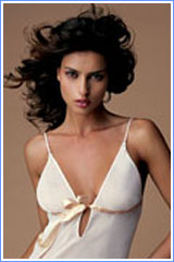 Lise Charmel Pirerres Precieuses Cami